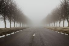Free Road To A Fog Stock Photos - 17662453