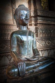 Free Sitting Vintage Buddha Image Stock Photography - 17668062