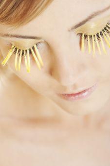 Free Woman Wearing Petal Eyelashes Royalty Free Stock Photos - 17668998
