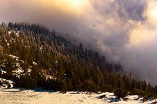 Free Snow-covered Mountain Royalty Free Stock Photos - 17669388