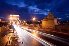 Free Budapest By Night / Chain Bridge Royalty Free Stock Photo - 17670775