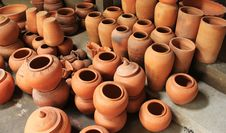 Free Thai Pottery Royalty Free Stock Photos - 17671618