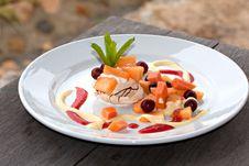 Free Fruit Pavlova Dessert Stock Photos - 17675543