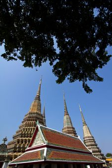 Free Thai Temple Pagoda And Roof Top Decoration Stock Photos - 17677133