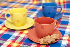 Free Three Cups With Cookies Royalty Free Stock Image - 17677536