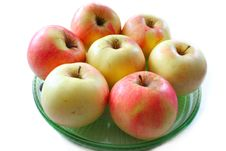 Free Apples On The Plate Stock Photos - 17677983