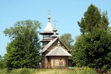 Free Russian Orthodox Wooden Church Stock Photo - 17678920