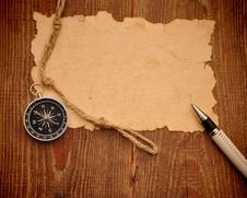Free Old Paper, Compass, Pen And Rope Royalty Free Stock Images - 17681579