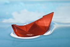 Free Red Boat Royalty Free Stock Photos - 17684278