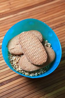 Free Whole Wheat Biscuits Royalty Free Stock Photos - 17686058