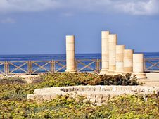 Free Caesarea Byzantine Pillars Royalty Free Stock Image - 17689026