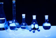 Free Laboratory Glass Royalty Free Stock Photos - 17689288