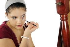 Free Young Teen Learing Makeup Stock Images - 17691314