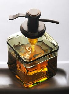 Free Soa Dispenser Royalty Free Stock Image - 17691586