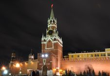 Free Night View Of Moscow Kremlin Royalty Free Stock Image - 17691976