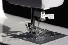 Free Sewing Machine Royalty Free Stock Photo - 1775805