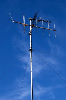 Free Television Antenna Stock Images - 17702204