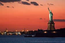 Free Statue Of Liberty At Dusk Stock Photos - 17702393