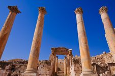 Free Ancient Columns In Jerash Stock Photo - 17703620