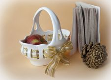 Free Vase With An Apple And The Pine Cone Royalty Free Stock Photography - 17706857