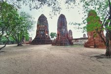 Free Ruins With Trees From Ayutthaya Stock Photography - 17709032