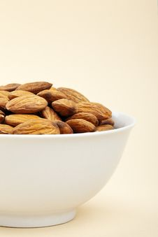 Free Nuts In A Bowl Stock Images - 17709944