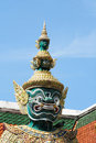 Free Giant Statues, At The Wat Pha Kaew Temple Royalty Free Stock Photo - 17719835