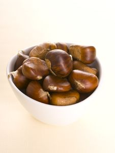 Free Chestnuts Royalty Free Stock Photos - 17711308