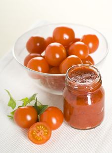 Free Tomatoes And Ketchup Royalty Free Stock Photo - 17711325