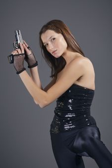 Free Gun Woman Royalty Free Stock Photo - 17712745