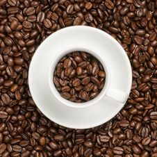Free Cup With Beans Royalty Free Stock Image - 17713456
