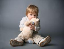 Free Baby Hugging Teddybear Royalty Free Stock Image - 17715626