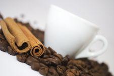 Free Cinnamon And Coffee Royalty Free Stock Photo - 17718775