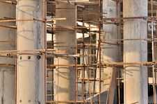Free Scaffold And Unfinshed Pole In View Depth Stock Photo - 17720880