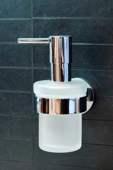 Free Soap Dispenser Stock Photos - 17721863