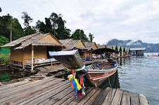 Free Long Tailed Boat With Bamboo Hut Stock Photos - 17722433