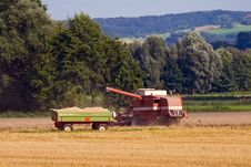 Free Combine Harvester And Trailer Royalty Free Stock Photography - 17724707