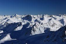 Free Climbing Piz Kesch Stock Photos - 17725353