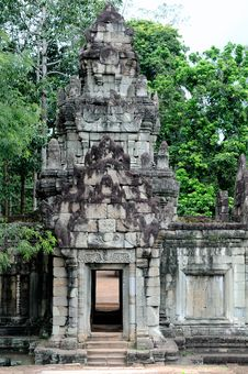 Free Angkor Wat Royalty Free Stock Images - 17728489