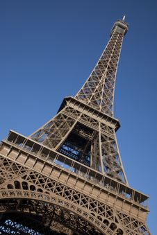 Free Eiffel Tower On Tilted Angle Stock Photo - 17728560