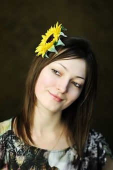 Free Beautiful Woman With Sunflower Stock Photo - 17728970