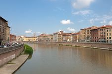 Free Arno River Royalty Free Stock Photography - 17729267