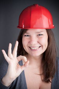 Free Young Engineer Woman Doing The Ok Sign Royalty Free Stock Photography - 17730917