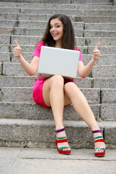 Free Young Caucasian Student Women With Laptop Stock Image - 17731291