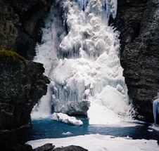 Free Iced Waterfall Stock Photography - 17732612