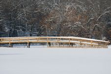 Free Snow Covered Bridge Royalty Free Stock Images - 17734219