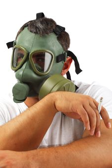 Free Gas Mask Man Chilling Royalty Free Stock Photography - 17736897