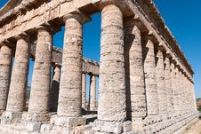 Free Temple Of Segesta In Sicily Royalty Free Stock Photography - 17738007