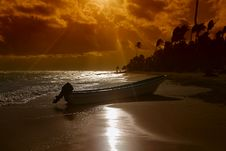 Free Boat And Sunset Beach Royalty Free Stock Image - 17738366