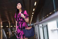 Free Asian Lady Waiting Royalty Free Stock Photos - 17739608
